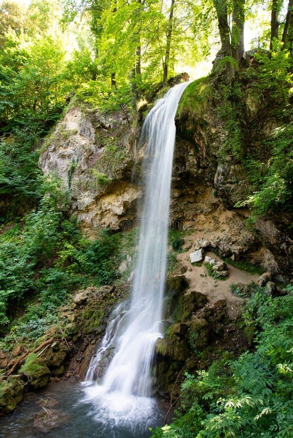 Водопад Beautyful в парке Lillafured стоковые изображения rf