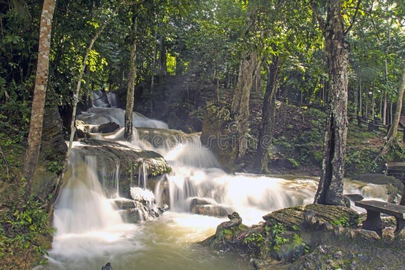 Водопад Bukit Ayer стоковая фотография