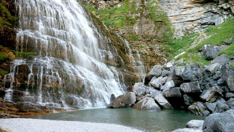 водопад caballo колы de horsetail стоковые фото