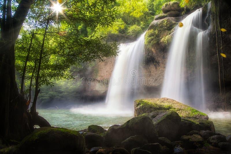 Водопад Huaw Suwat стоковое изображение
