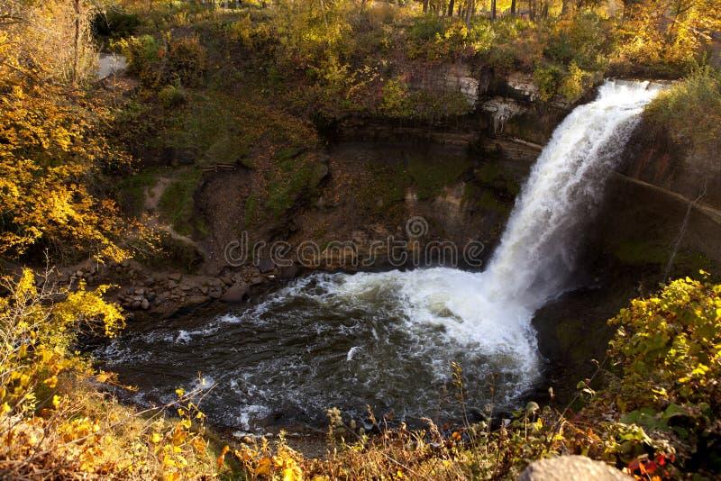 водопад minnehaha стоковые изображения