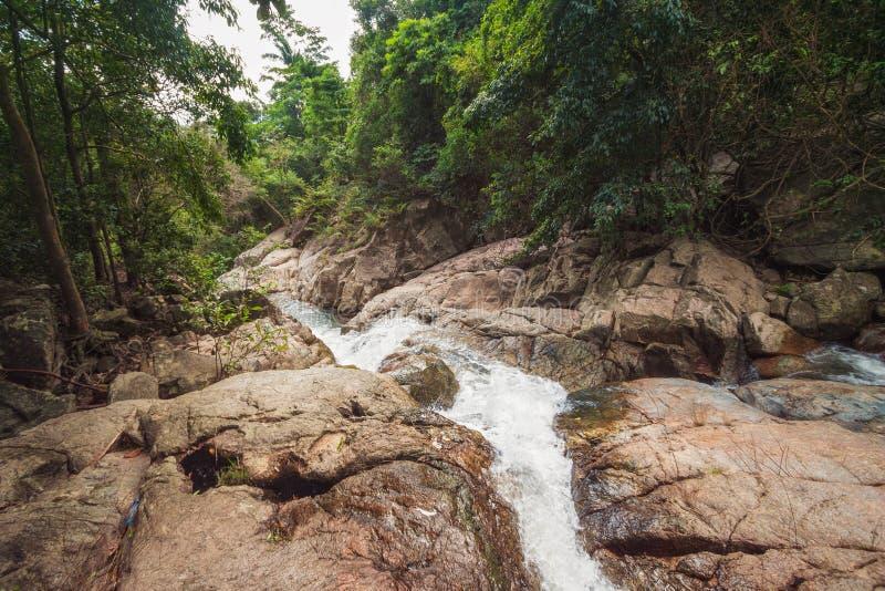 Водопад Na Muang, Koh Samui, Таиланд стоковые изображения rf