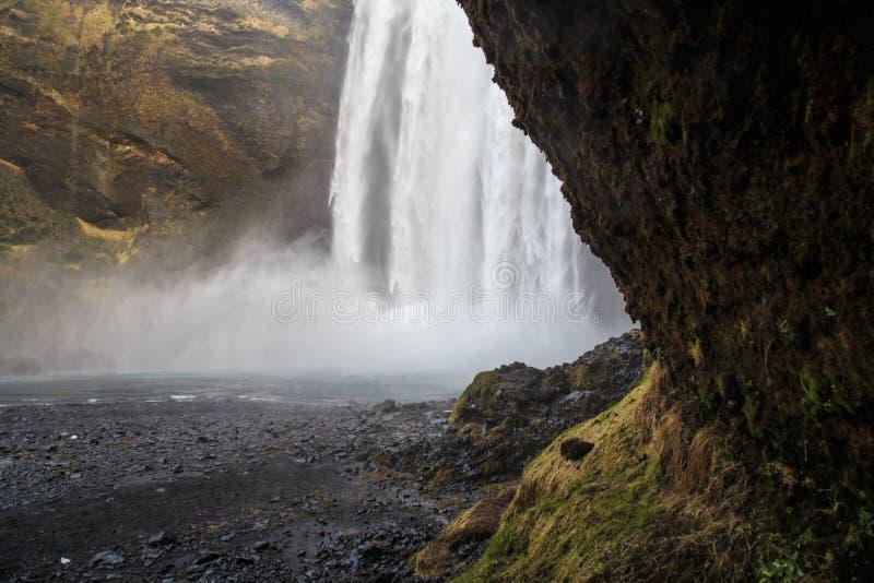 Водопад Skógafoss в южной Исландии стоковое изображение