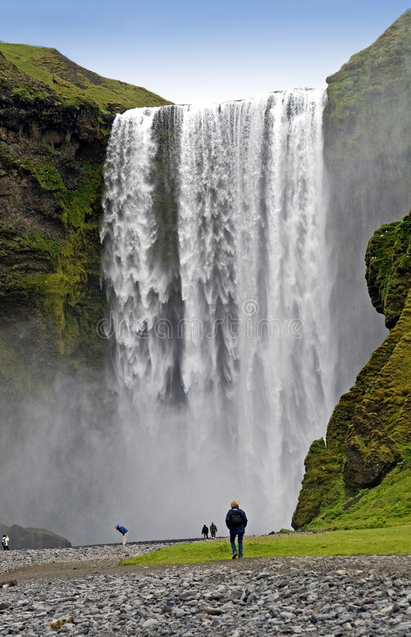 водопад skogafoss стоковая фотография rf