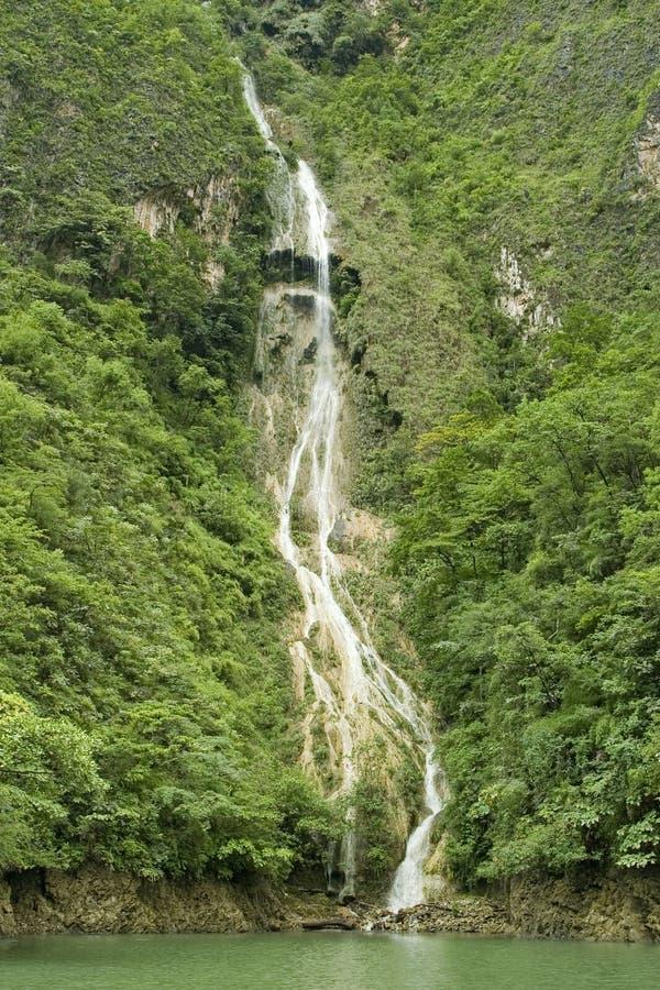 водопад sumidero каньона стоковая фотография