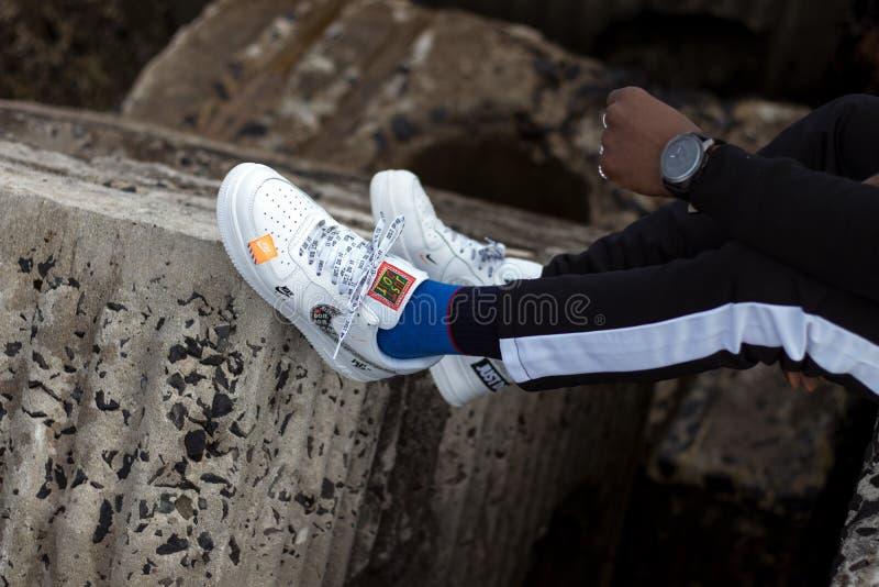 Военновоздушная сила 1 Nike как раз оно пакует стоковое изображение rf