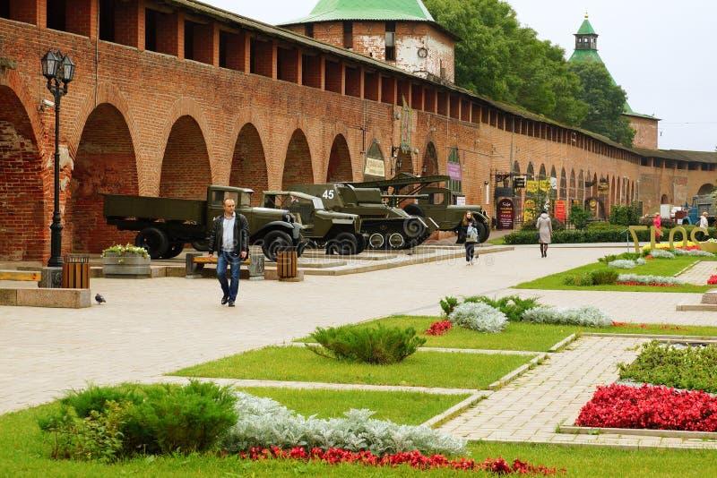 Военное оборудование Второй Мировой Войны на выставке в Nizhny Novgorod стоковые изображения rf