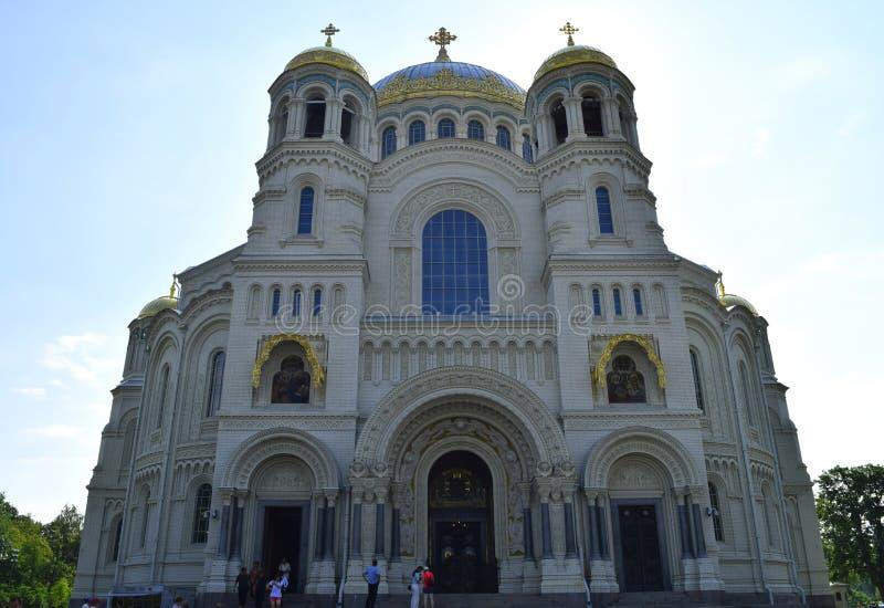 Военноморской собор St Nicholas в Kronstadt русский правоверный собор в Санкт-Петербурге стоковое изображение rf