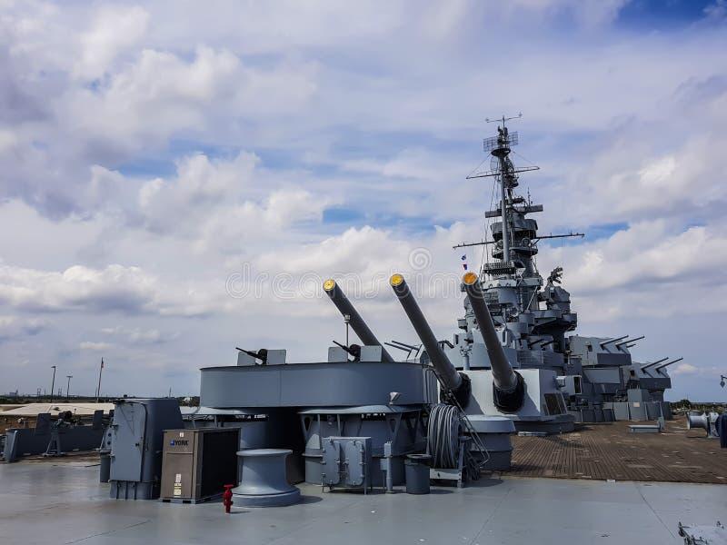 Военный корабль Uss Алабамы стоковые изображения rf