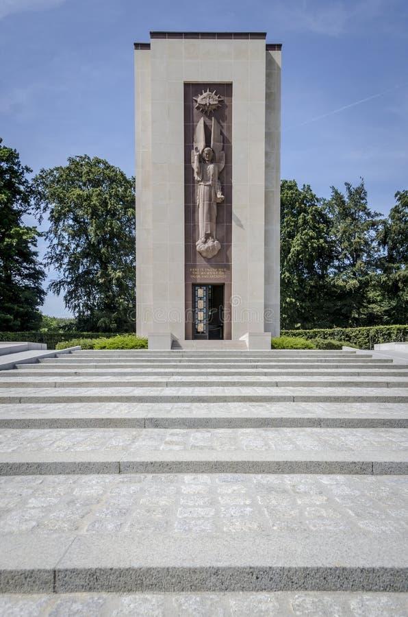 Военный мемориал кладбища Люксембурга американский стоковые фото