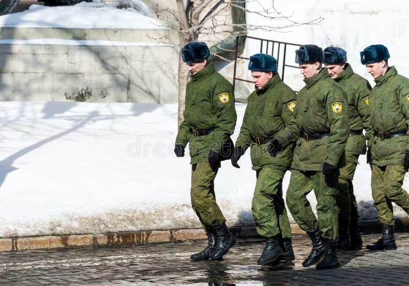 Военный персонал в Кремле стоковая фотография