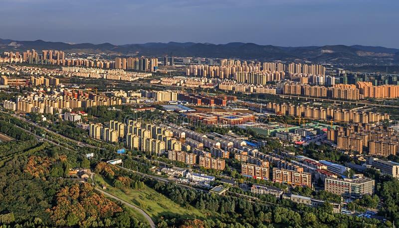 Воздушное фотографирование - живописная местность парка спорт стоковое фото rf