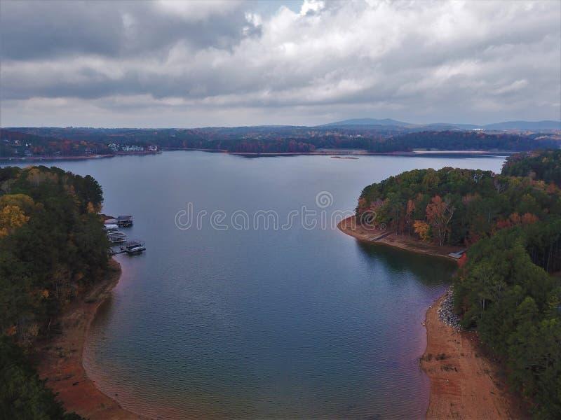 Воздушное фотографирование Lanier Buford Georgia озера стоковые фото