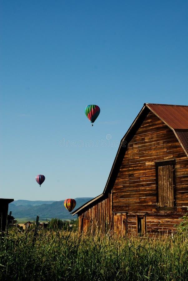 воздушные шары над steamboat весен стоковое изображение rf