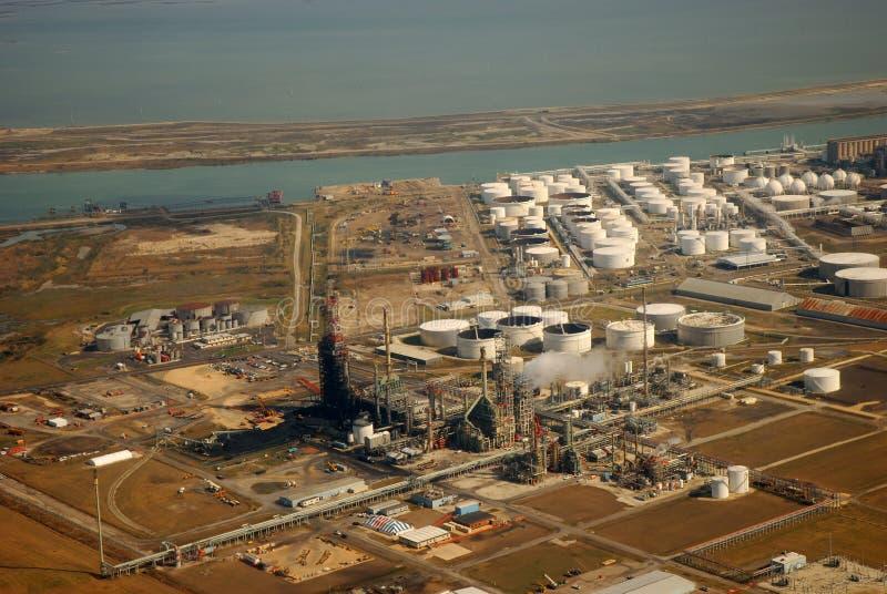 воздушный взгляд рафинадного завода стоковое фото