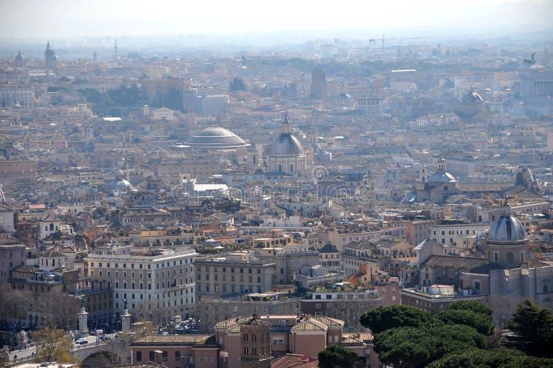 Воздушный взгляд трутня города Рима, Италии стоковая фотография rf