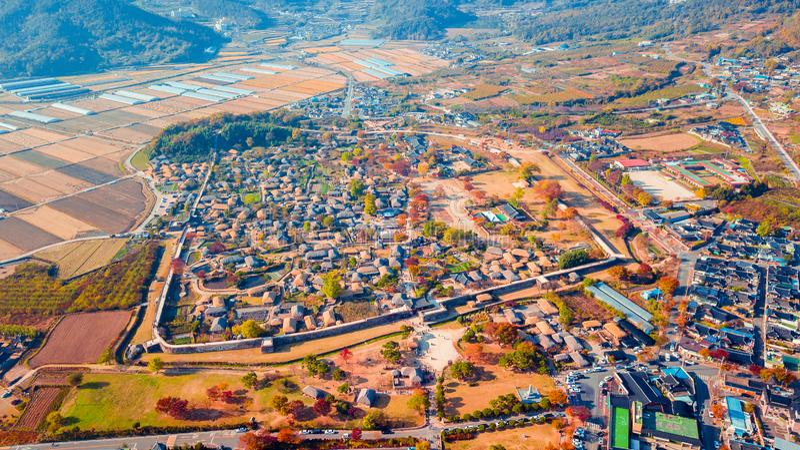 Воздушный ландшафт деревни hanok в Чонджу, Южной Корее стоковые фотографии rf