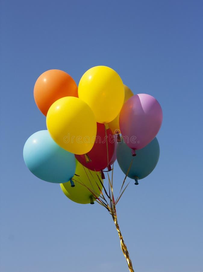 Воздушный шар в небе стоковые изображения