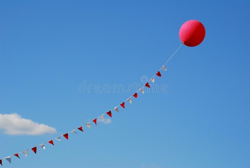 воздушный шар flags красный цвет стоковые фото