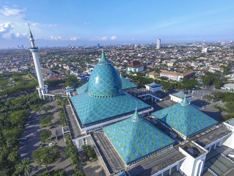 Воздушный Al Akbar Сурабая мечети стоковые изображения rf