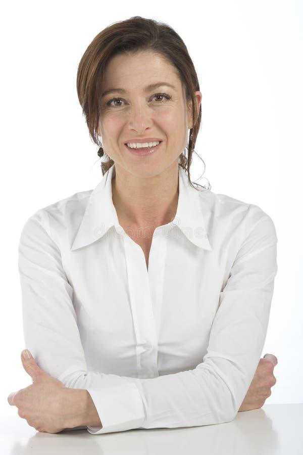 Download возмужалая женщина портрета Стоковое Изображение - изображение насчитывающей красивейшее, агенства: 6863985