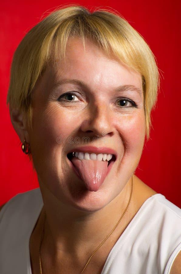зрелые тетки с полным ртом спермы и мочи
