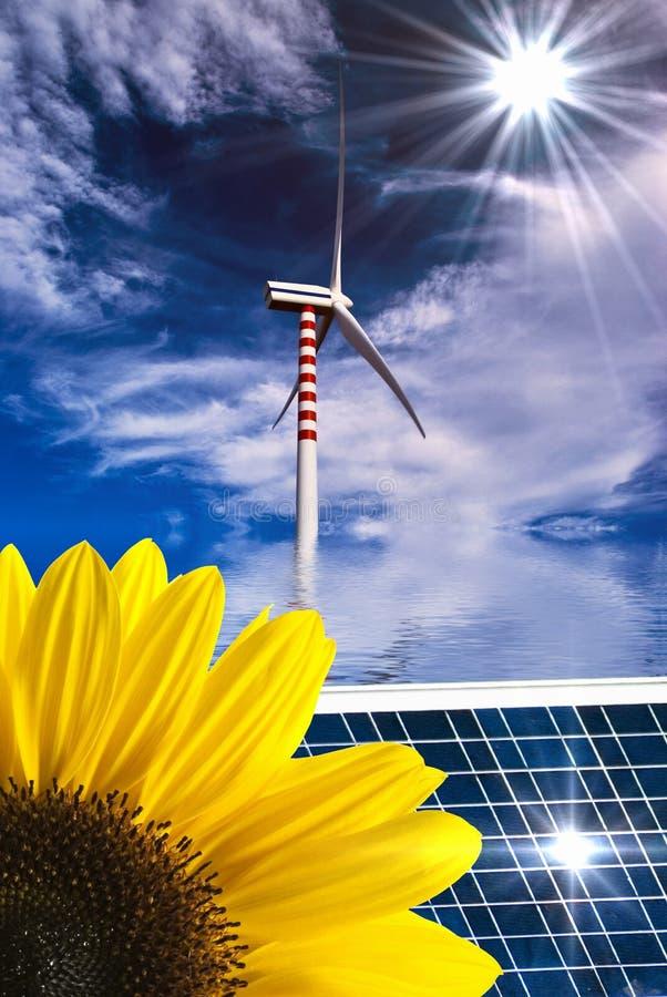 Возобновляющая энергия и устойчивое и сбалансированное развитие иллюстрация штока