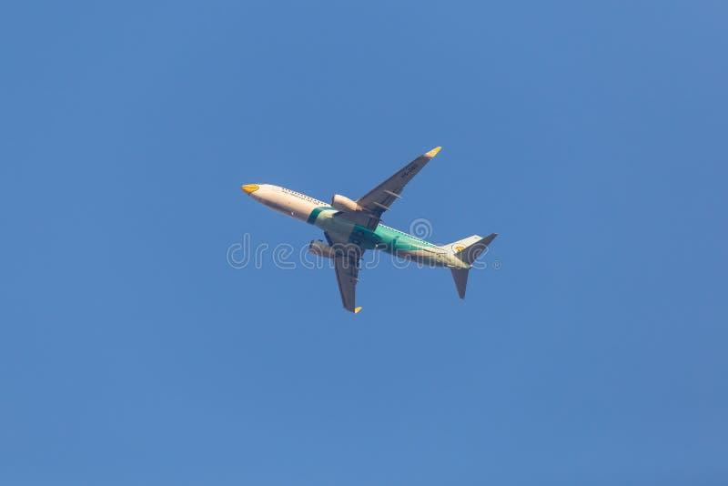 Воздух Боинг 737 Nok HS-DBO стоковые изображения