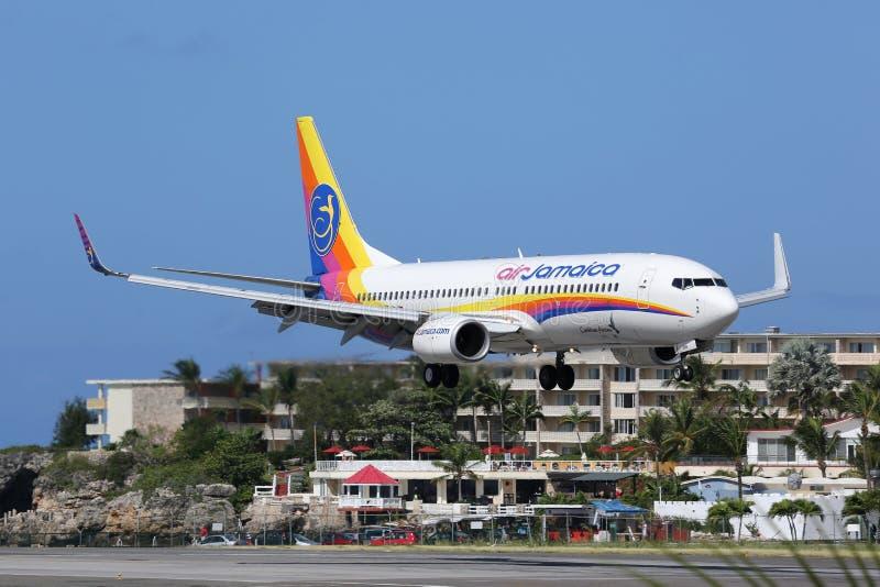 Воздух ямайка Боинг 737-800 St Martin стоковые фотографии rf