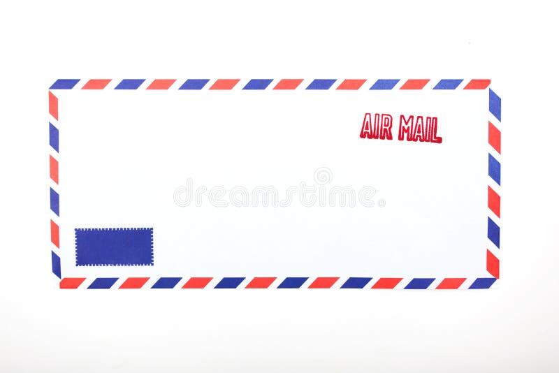 Воздушная почта проштемпелеванная на конверте стоковые фотографии rf