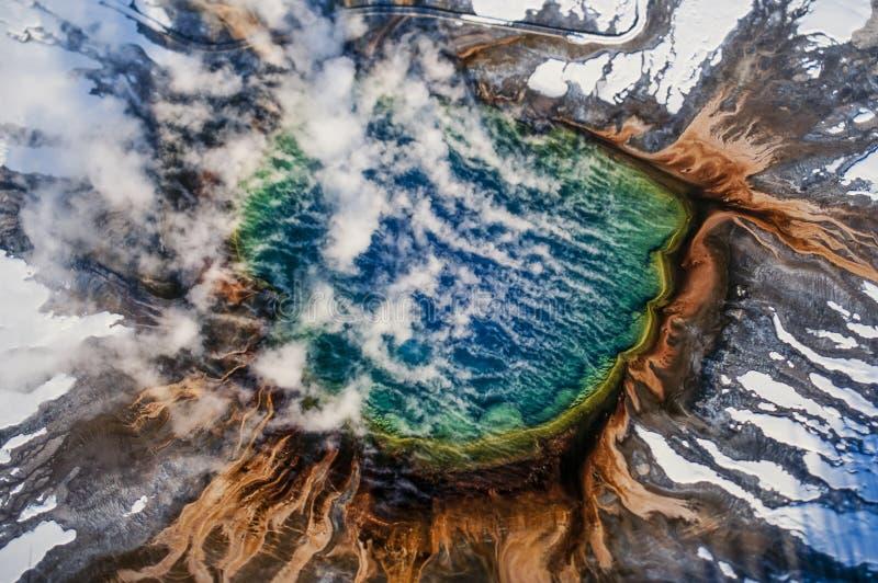 Воздушное изображение национального парка Йеллоустона стоковое изображение rf