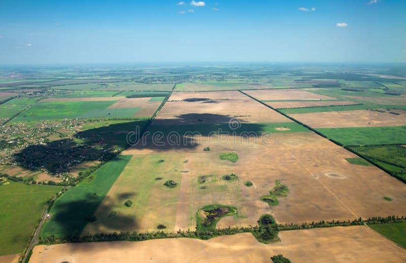 Download Воздушное небо стоковое изображение. изображение насчитывающей облака - 33729657