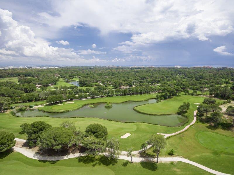 Воздушное поле для гольфа стоковая фотография rf