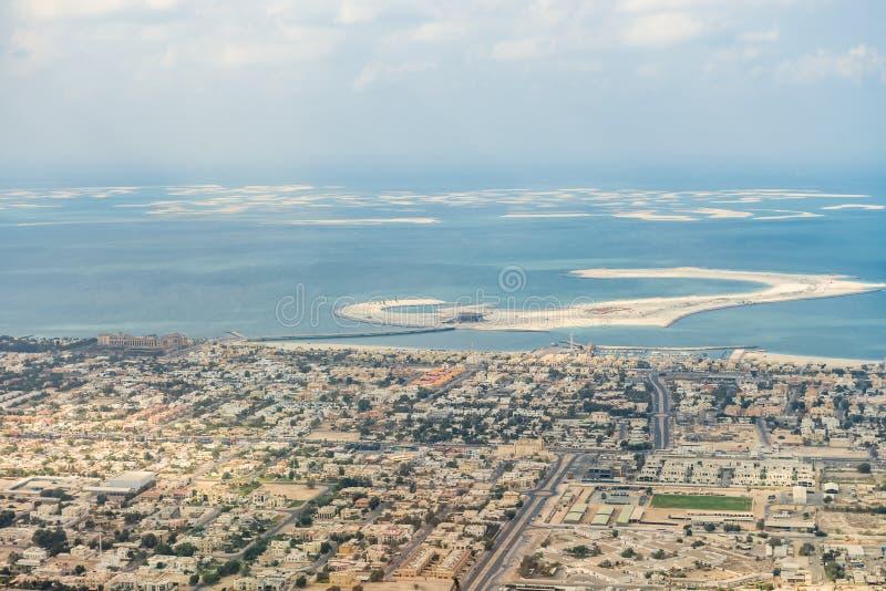 воздушные арабские разбивочные эмираты Дубай как взгляд плантации ладони взглядов рекреационный соединенный стоковая фотография rf