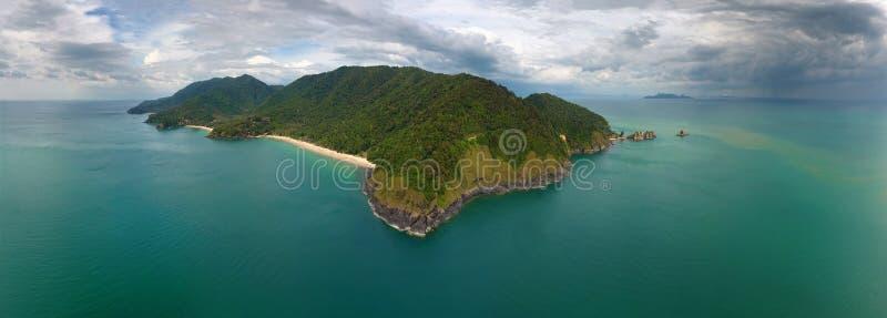 Воздушный взгляд панорамы острова Ko Lanta стоковое фото rf