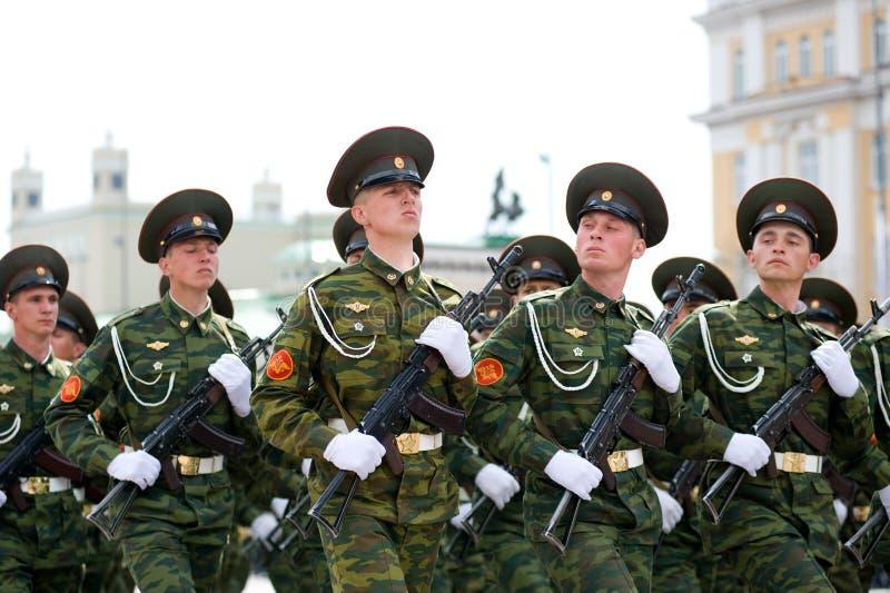 воины молодые стоковое фото rf