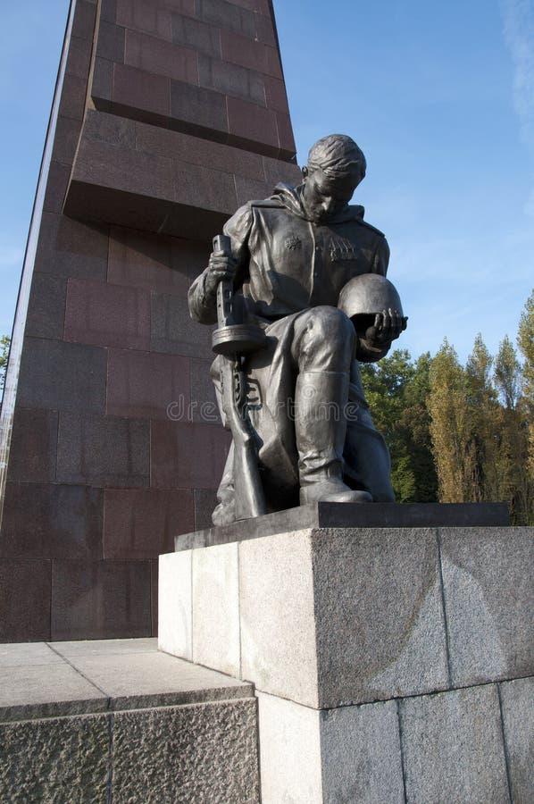 война treptower мемориального парка berlin советское стоковые фото