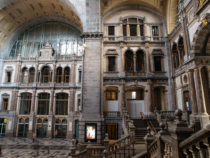Вокзал Antwerpen Centraal стоковое изображение rf