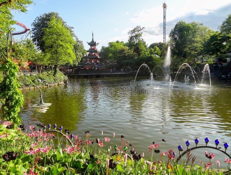 Вокруг садов Tivoli в Копенгагене стоковые изображения