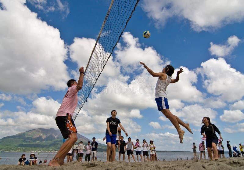 волейбол спайка пляжа стоковая фотография