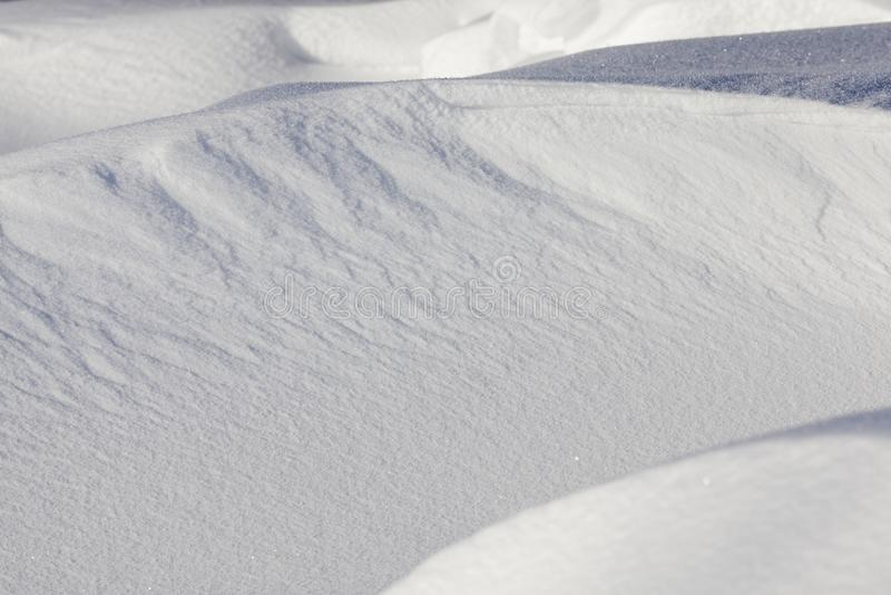 волнистые смещения с снегом стоковые изображения rf