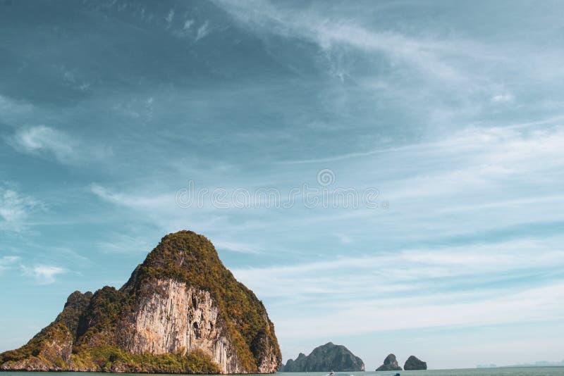 Волны быстроходного катера в Gulf of Thailand стоковое фото rf