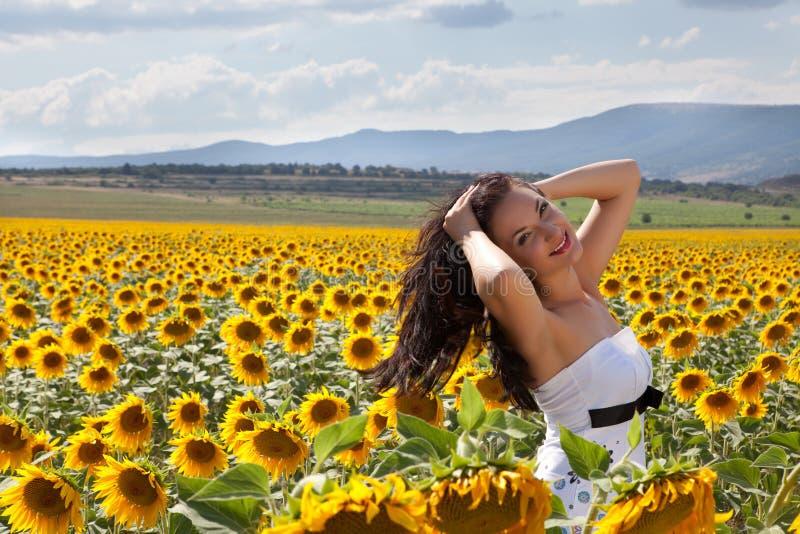 волосы ее ветер стоковое изображение rf