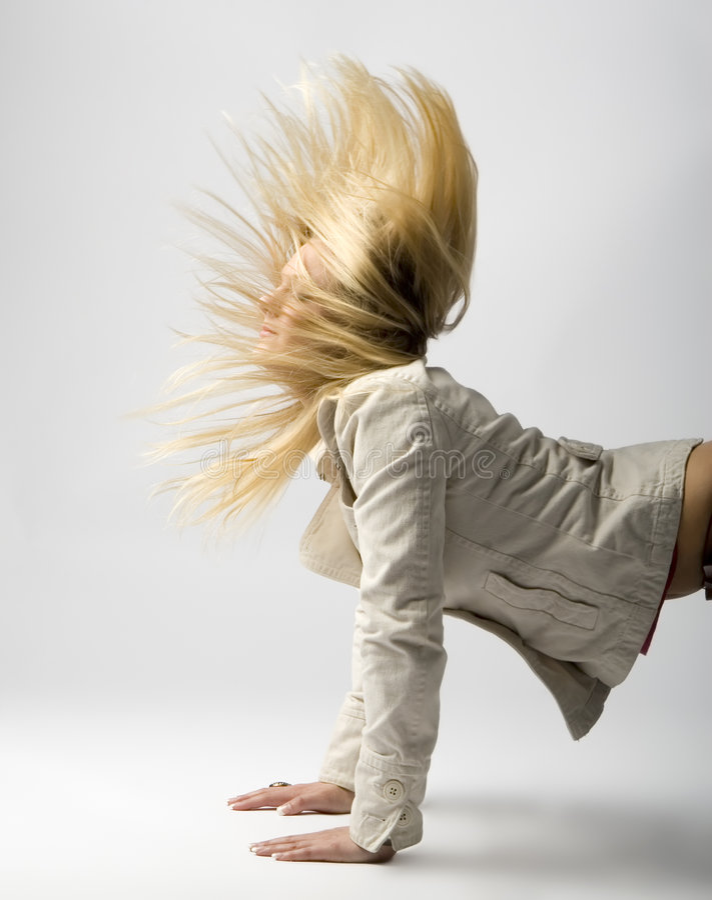 волосы одичалые стоковое изображение rf