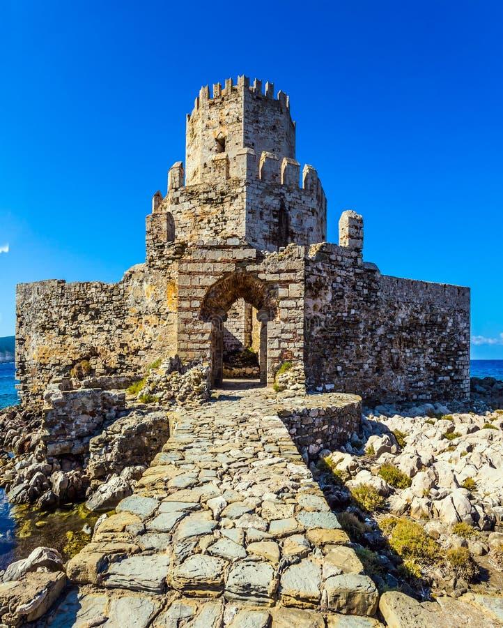 Волшебная 3-расположенная ярусами сторожевая башня стоковая фотография rf