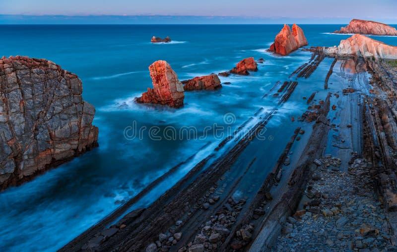 волшебное место Побережье Arnia, Сантандер, Испания стоковое изображение