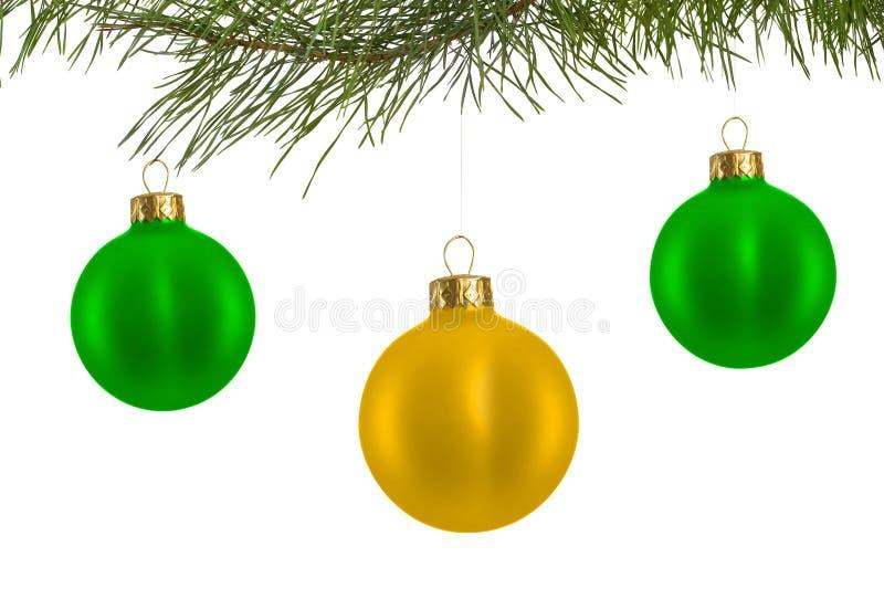 Волшебно украшенная рождественская елка с шариками стоковые изображения rf