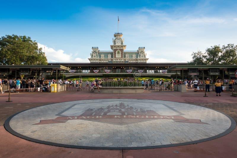 Волшебный тематический парк королевства стоковые изображения