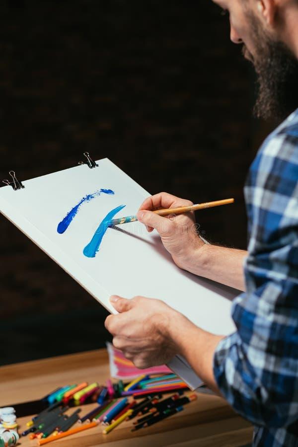 Воодушевленность художника уча навыки художничества искусства стоковая фотография rf