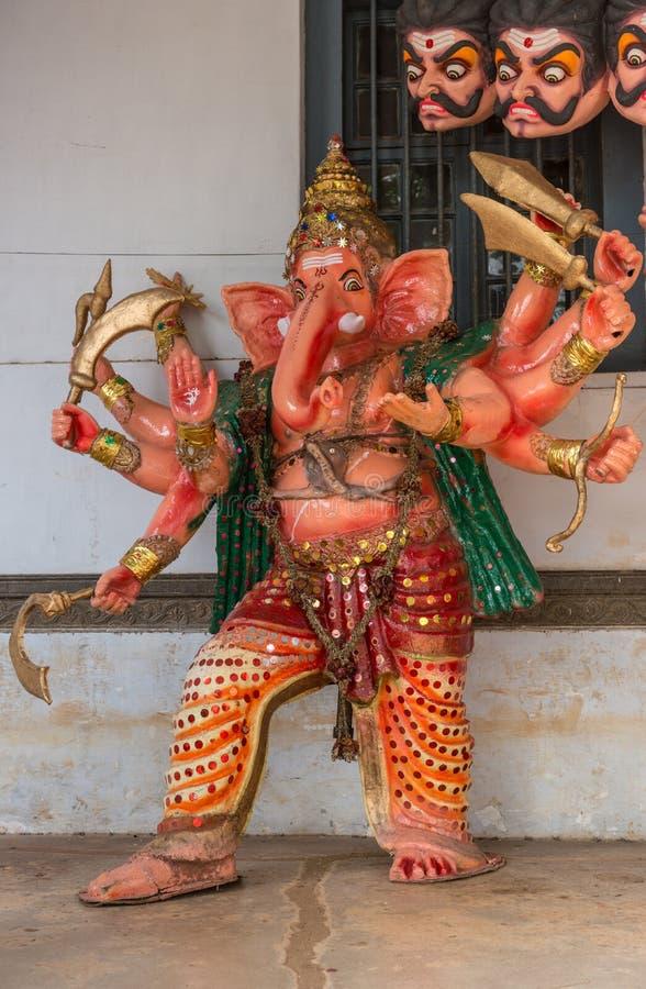 Вооруженная кукла шествия тела Ganesha полная, Madikeri Индия стоковые изображения rf